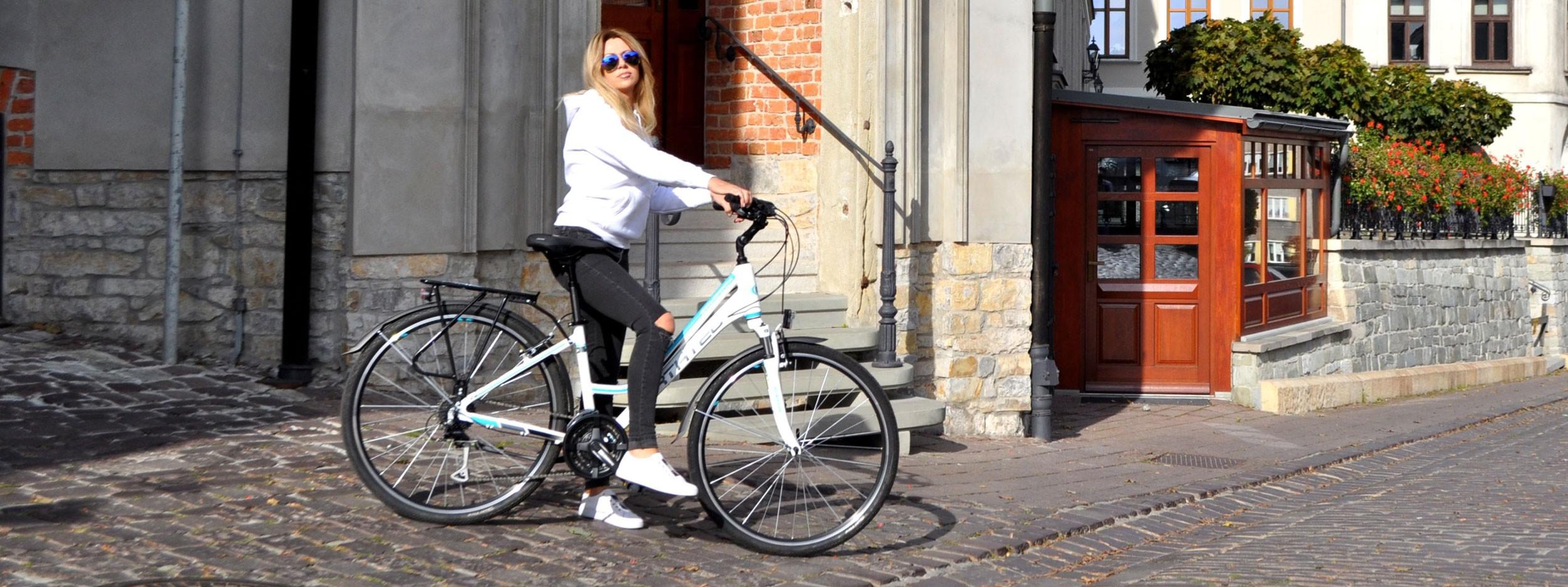Wycieczki miejskimi rowerami